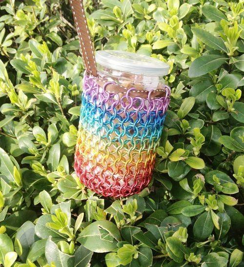 Este artesanato com arame colorido pode ser uma bela fonte de renda extra (Foto: weimeixi.com)