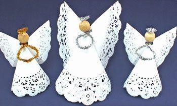 Faça muitos deste simpático artesanato com guardanapo rendado (Foto: funezcrafts.com)