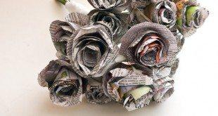 Faça já este lindo buquê de rosas com jornal (Foto: popsugar.com)