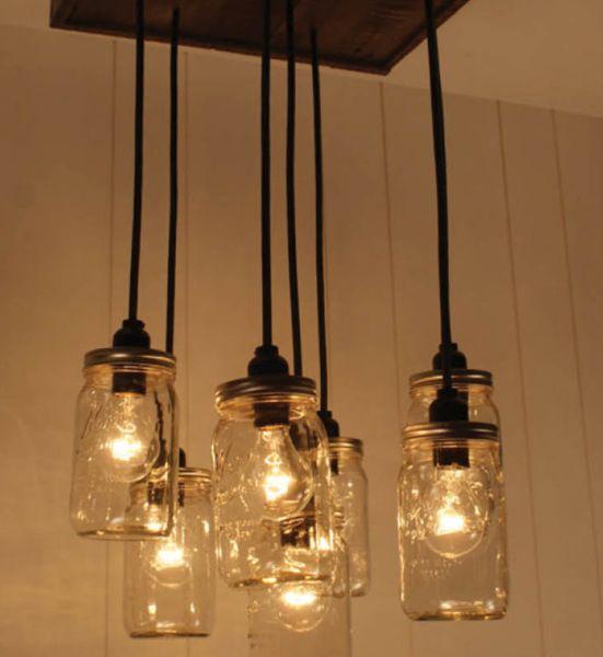 Esta luminária reciclada pode frequentar qualquer ambiente (Foto: diyready.com)