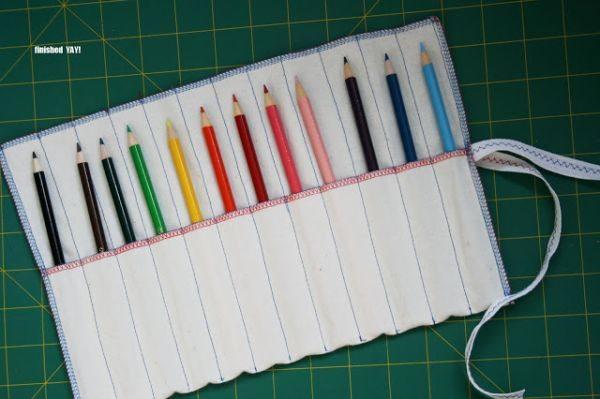 Porta-lápis de tecido pode ter outros detalhes ou aplicações de sua preferência (Foto: mypoppet.com.au)