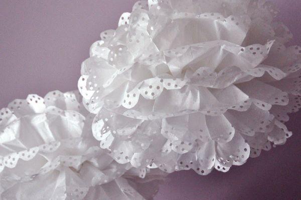 Artesanato com papel de seda é lindo e decora qualquer cantinho (Foto: aestheticnest.com)