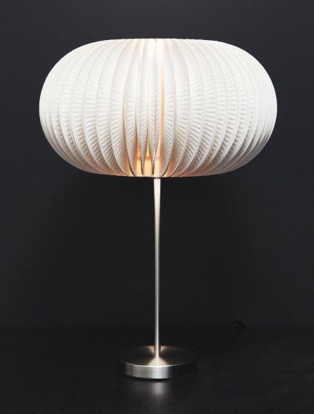 Este diferente artesanato com pratinho de papelão pode também ser empregado em outros itens, como peça para ser colada em uma tela ou quadro, por exemplo (Foto: fabartdiy.com)
