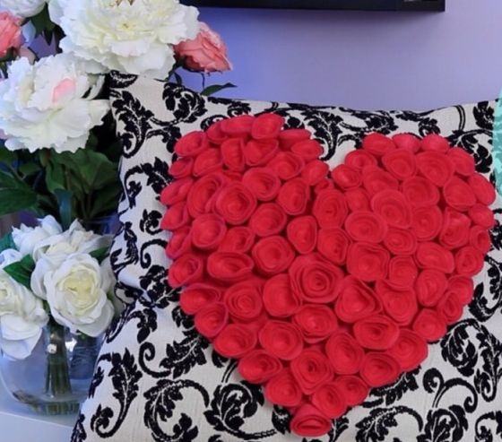 Fronha de coração sem costura é prática e linda (Foto: lifeannstyle.com)