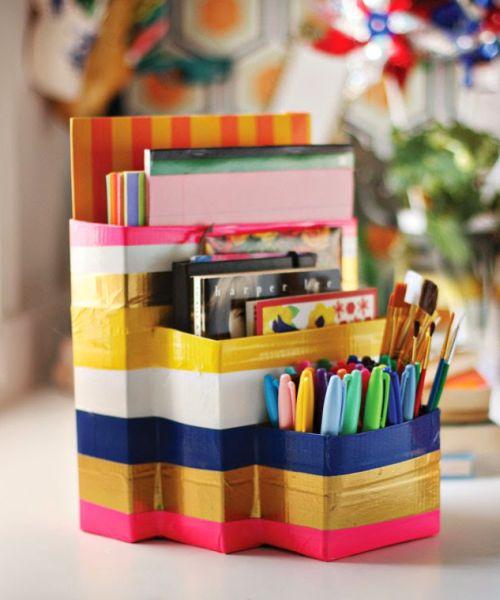 Organizador de estudo é funcional e ainda um objeto de decoração (Foto: auntpeaches.com)