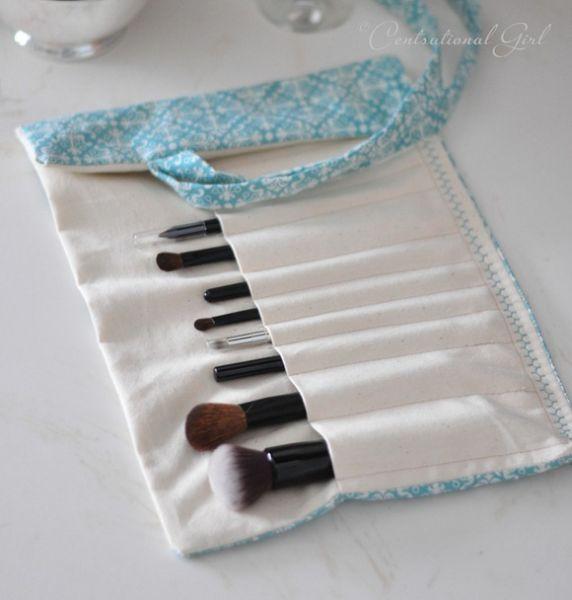 Este organizador de pincel de maquiagem pode ter o tamanho que você necessitar para acomodar todos os seus pincéis (Foto: centsationalgirl.com)