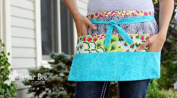 Avental com bolsos é lindo e prático (Foto: sugarbeecrafts.com)