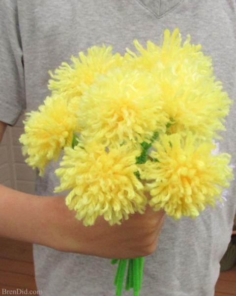 Buquê de flores de lã é lindo e também barato (Foto: brendid.com)