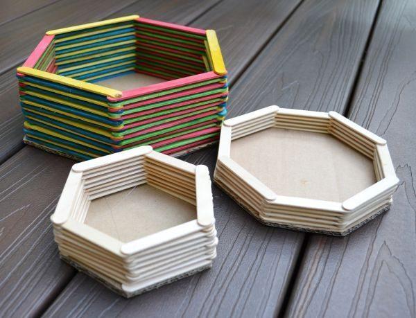 Guarde palitos e faça a sua cesta de palito de picolé (Foto: ikatbag.com)