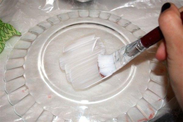 Artesanato com Pratos de Vidro Passo a Passo 3