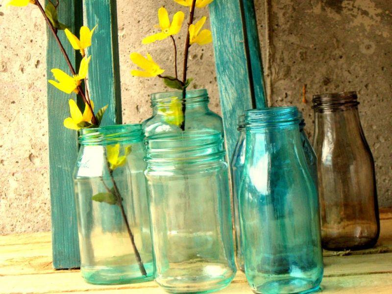 Colorir potes de vidro é fácil (Foto: craftberrybush.com)