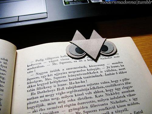 Faça várias desta corujinha marcador de página, uma para cada livro ou revista que esteja lendo (Foto: vanillabiscuit.livejournal.com)