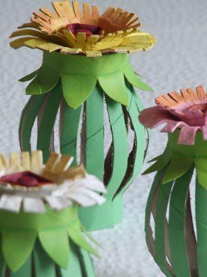 Este enfeite com rolo de papel higiênico é lindo e barato (Foto: michelemademe.com)
