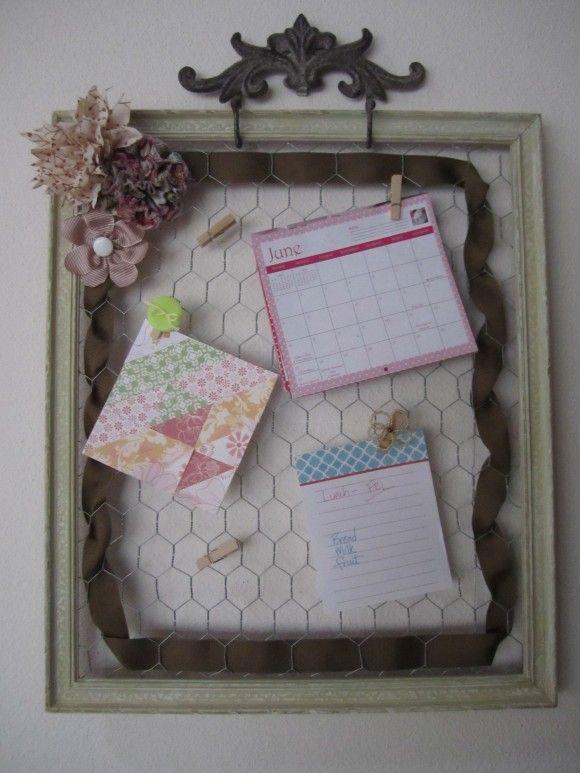 Faça já um diferente porta recados de material reciclável (Foto: craftingmom.com)