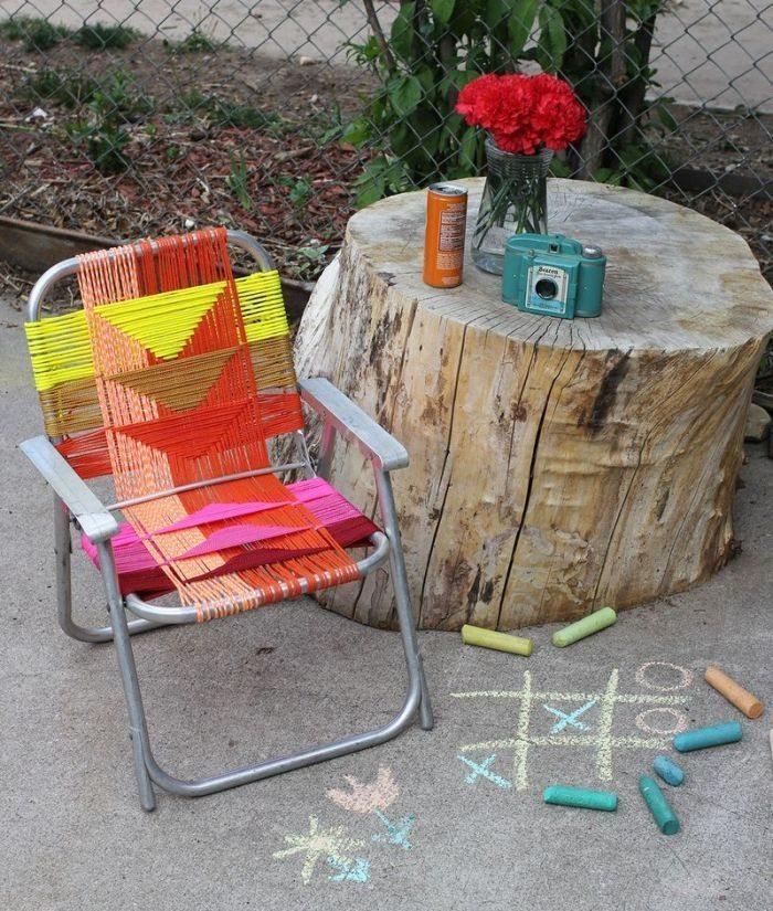 Invista sem medos nesta diferente reciclagem com armação de cadeira (Foto: abeautifulmess.com)