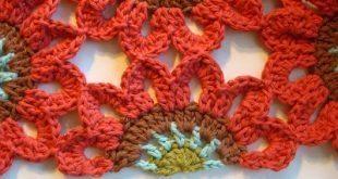 Utilize meia flor de crochê para arrematar trabalhos (Foto: onceuponapinkmoon.blogspot.com.br)