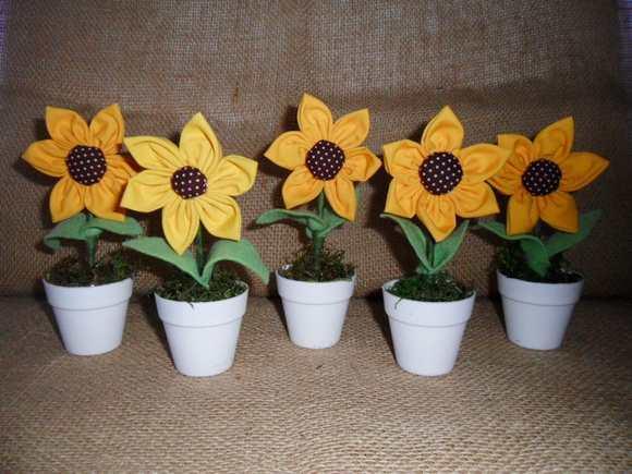 flor de fuxico girassol
