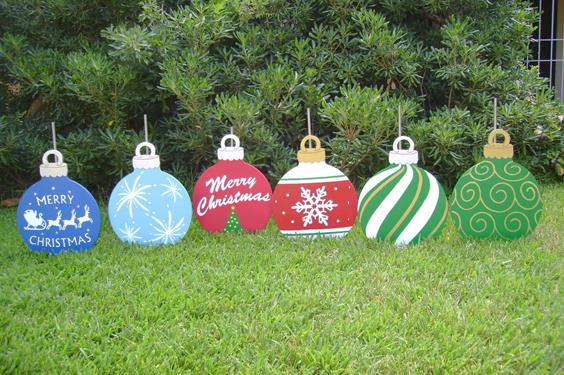 10 artesanatos de natal para o jardim artesanato passo a for Homemade christmas yard signs
