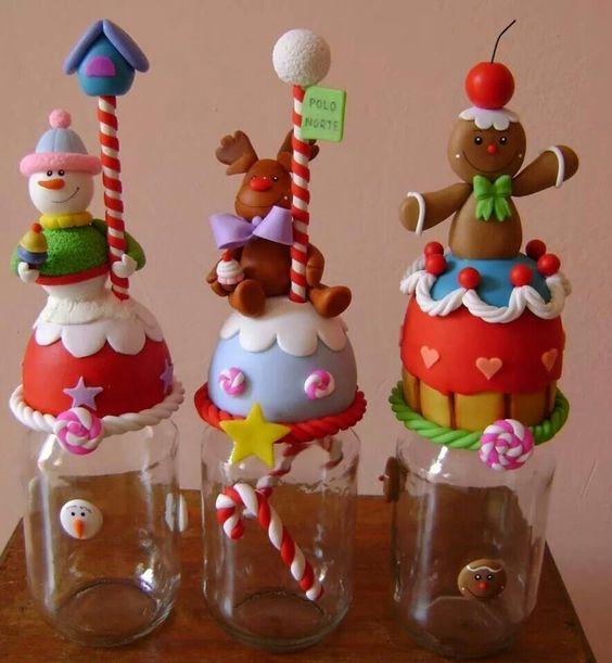 Potes de natal em biscuit 20 fotos artesanato passo a for Frascos decorados para navidad