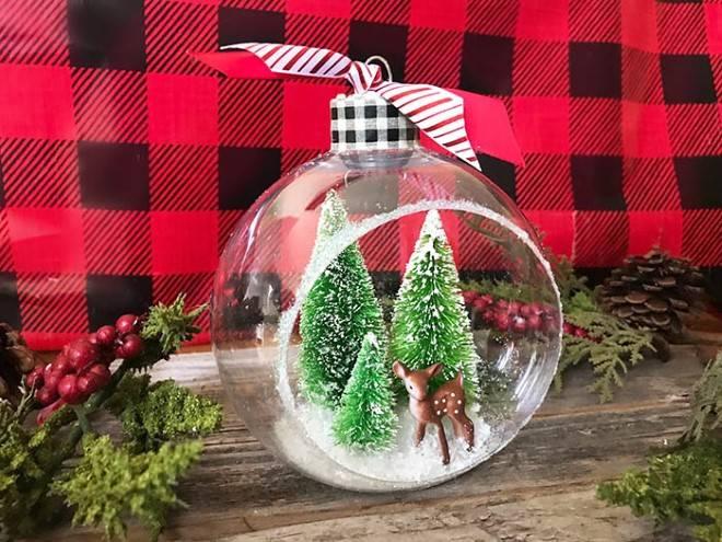 Enfeites com bola de vidro de natal