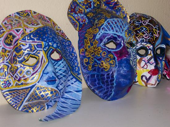 Dicas de Artesanato Reciclado para o Carnaval