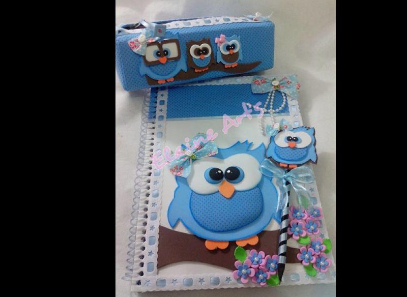 caderno com eva e kit