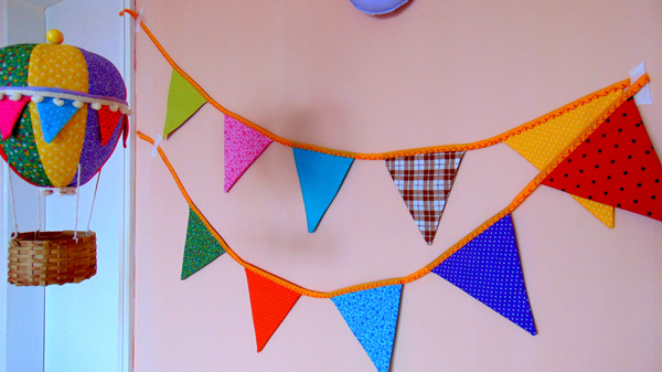 decoração com bandeirinhas de festa junina