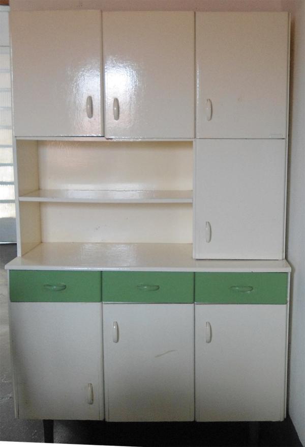 pintura em armário de cozinha