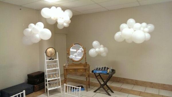 quarto com nuvens de bexiga