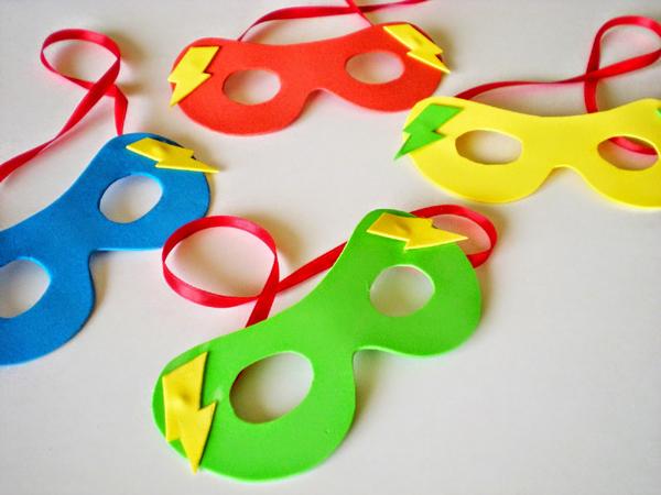 lembrancinha infantil de máscara