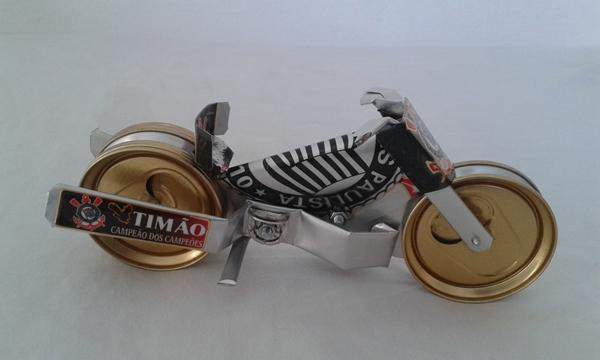 moto de latinha
