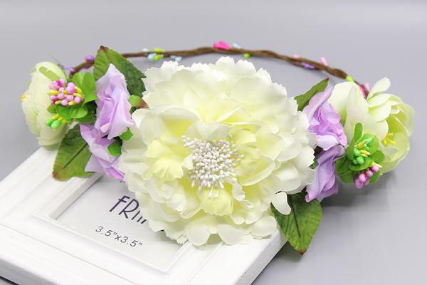 coroa com flores gigantes