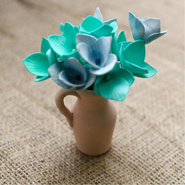 flor em eva azul e verde