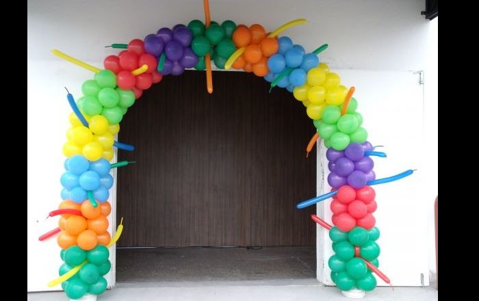 arco de balões na entrada
