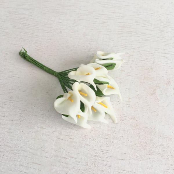 flor em eva lirio branco