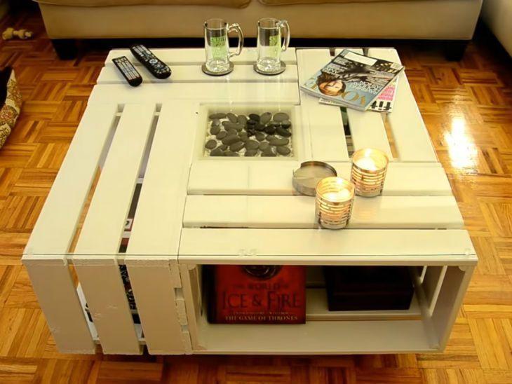 mesa de caixa de madeira branca