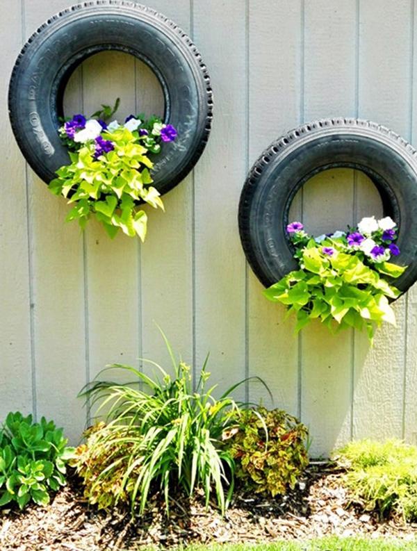 decoração de muro com pneu