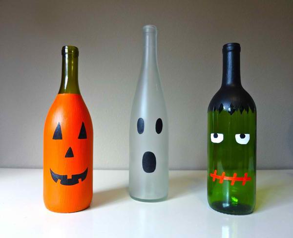 garrafa de vidro com decoração halloween