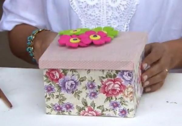 flor em caixa