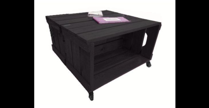 mesa de caixa de madeira preta