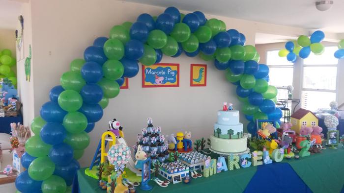 arco de balões no painel