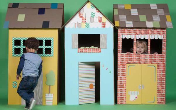 casa de papelão grande