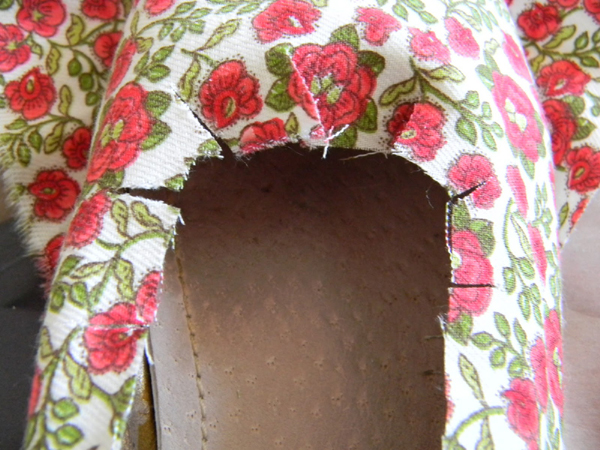 sapatilha customizada com tecido