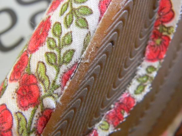 tecido no sapato