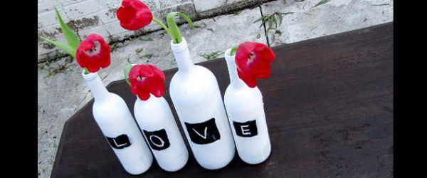 garrafa de vidro com tinta lousa