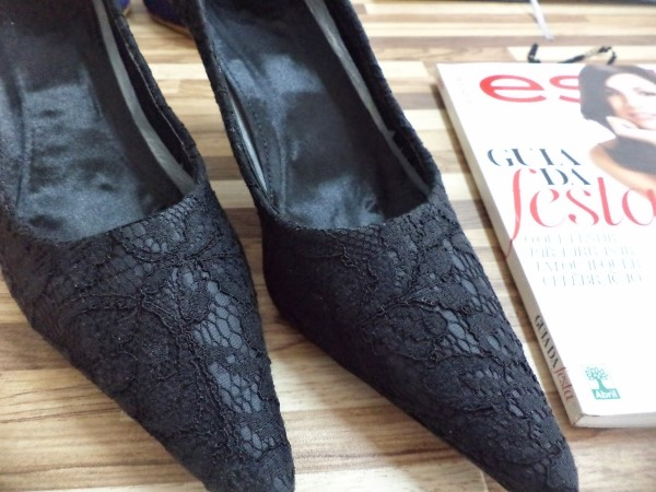 customizar sapato preto com renda