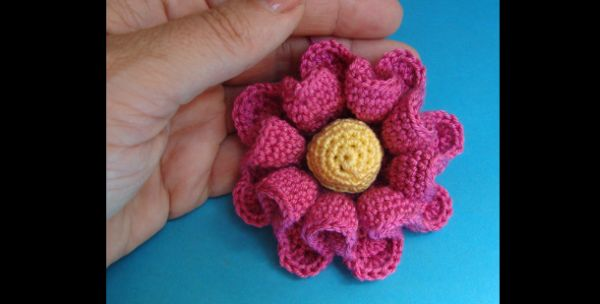flor de croche bolinha