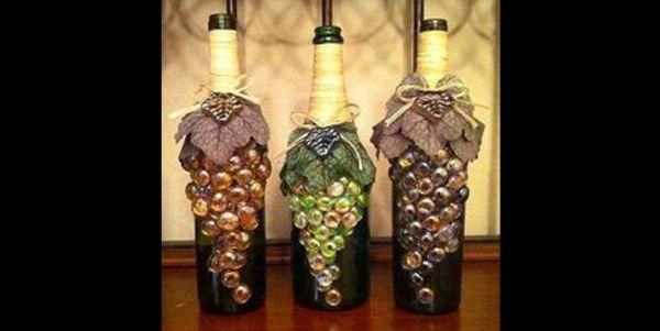 decoração de garrafa com uvas