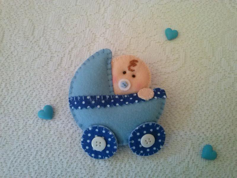carrinho de tecido para lembrança de chá de bebe