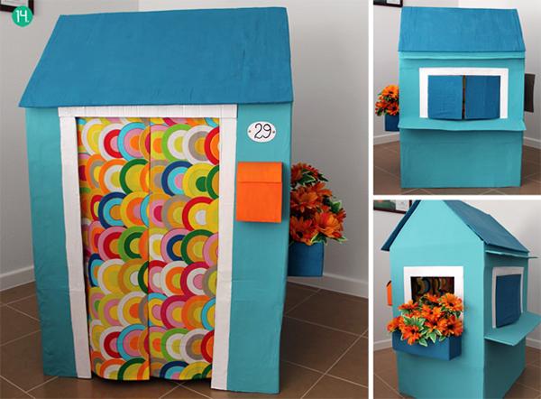 casa de papelão azul